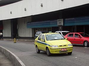 Taxis am Flughafen von Rio
